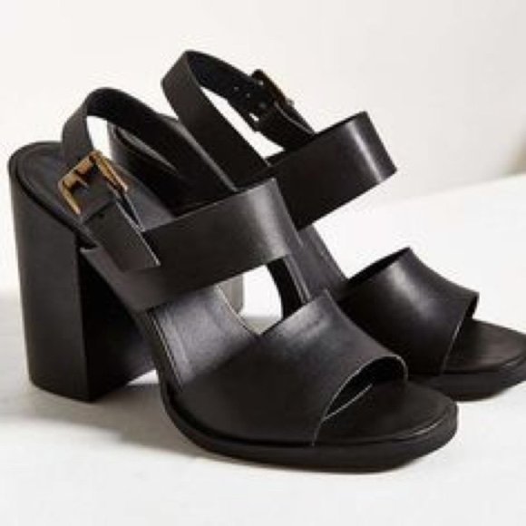 UO Chunky Heel Sandal with Straps